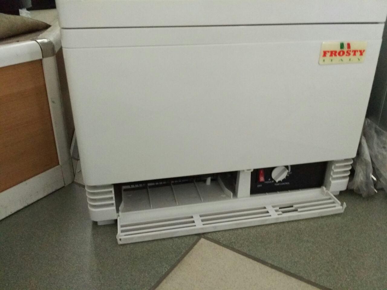 Холодильный шкаф Frosty RT58L-1